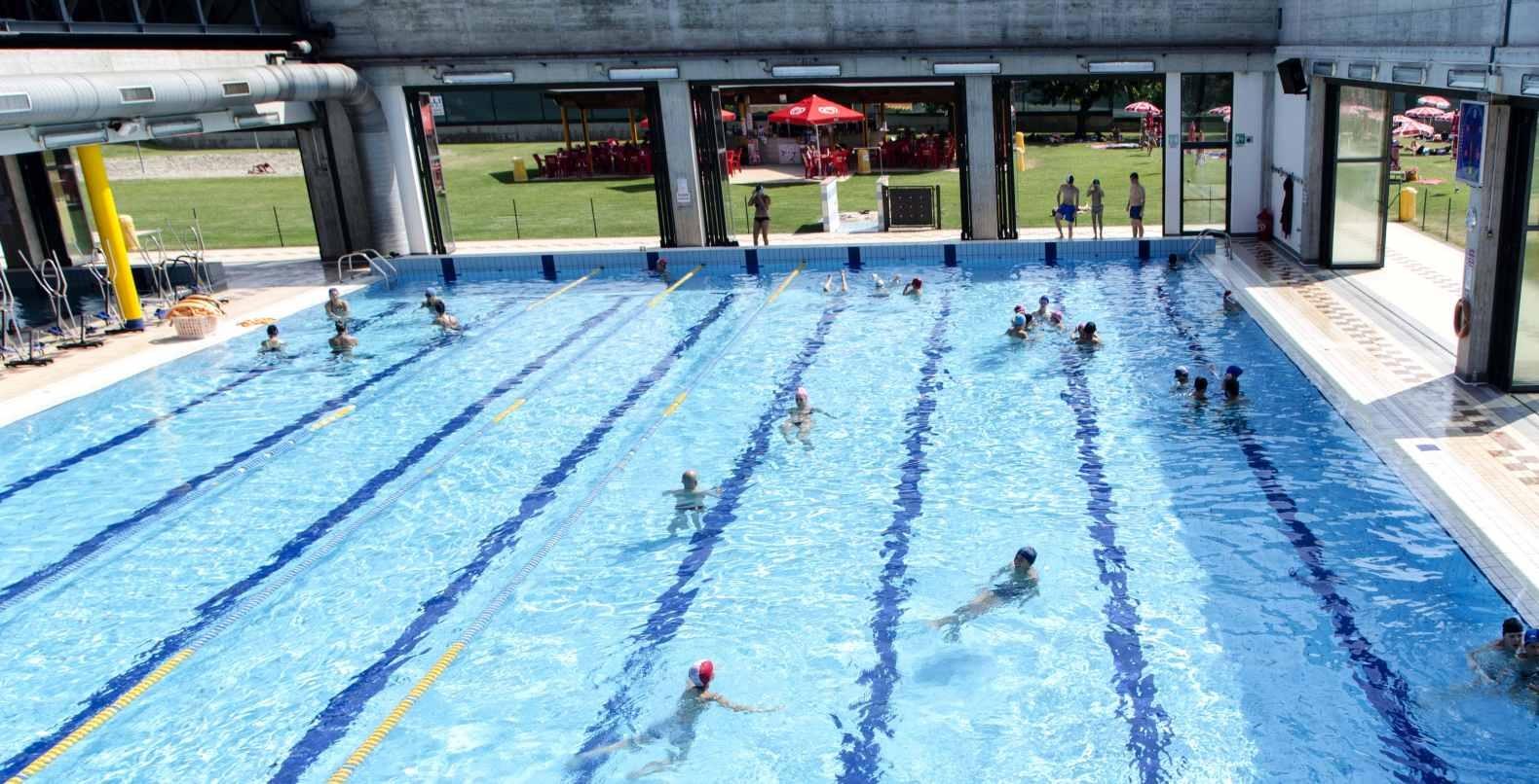 Incontri piscina nei vostri anni trenta