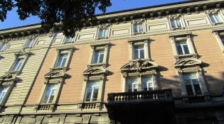 Palazzo Rezzara or the house of the people