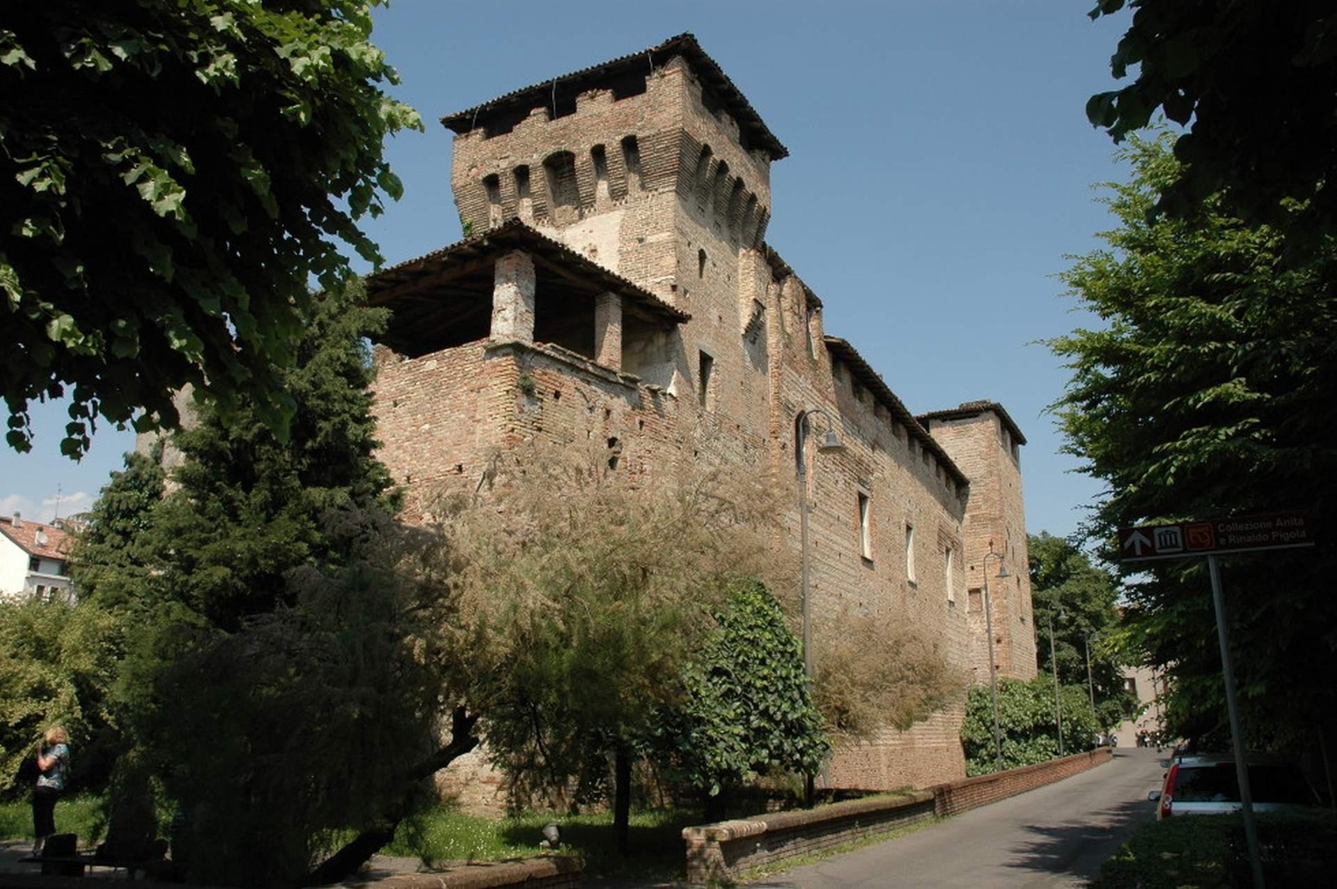Letto A Castello Lombardia.Castello Di Romano Di Lombardia Visit Bergamo
